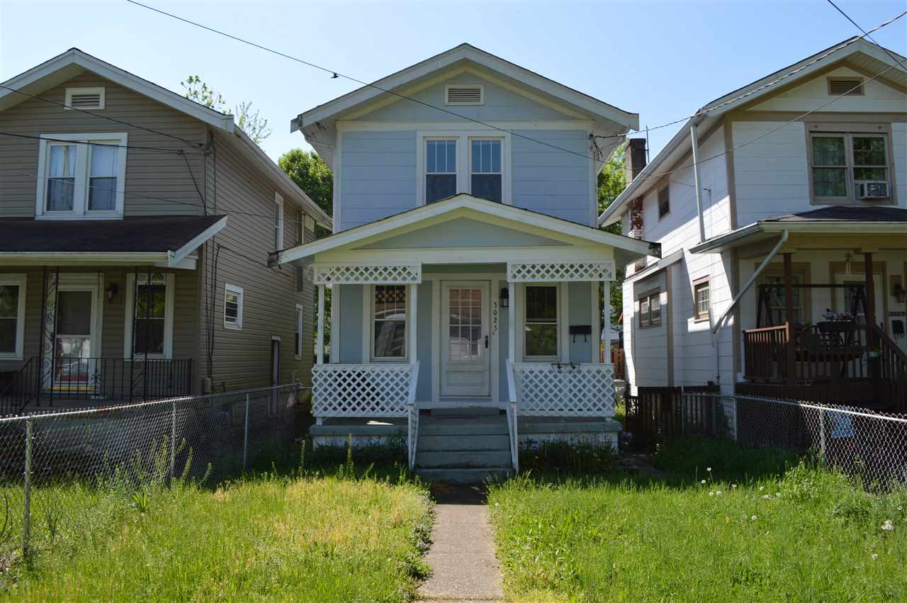 real estate photo 1 for 3025 W 28th St Latonia, KY 41015