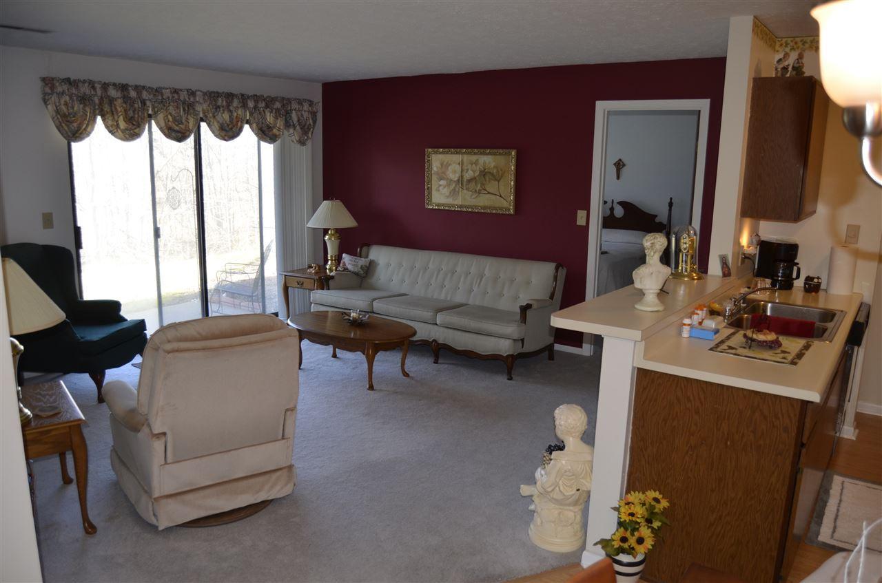 Photo 3 for 16 Woodland Hills Dr, 4 Southgate, KY 41071