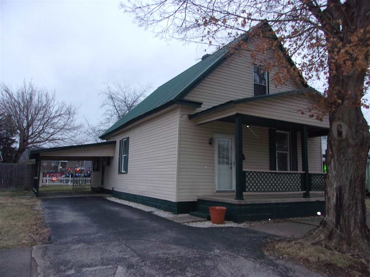 Photo 1 for 203 E 2nd St Augusta, KY 41002