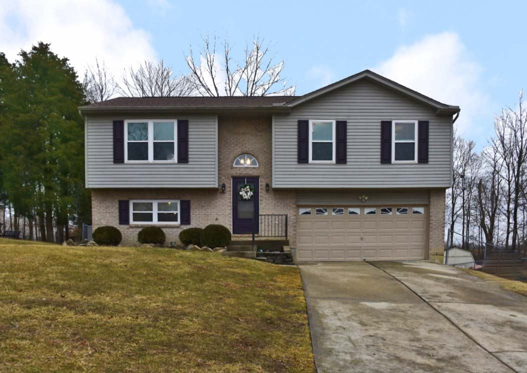 Photo 1 for 7 S Bellewood Ct Alexandria, KY 41001