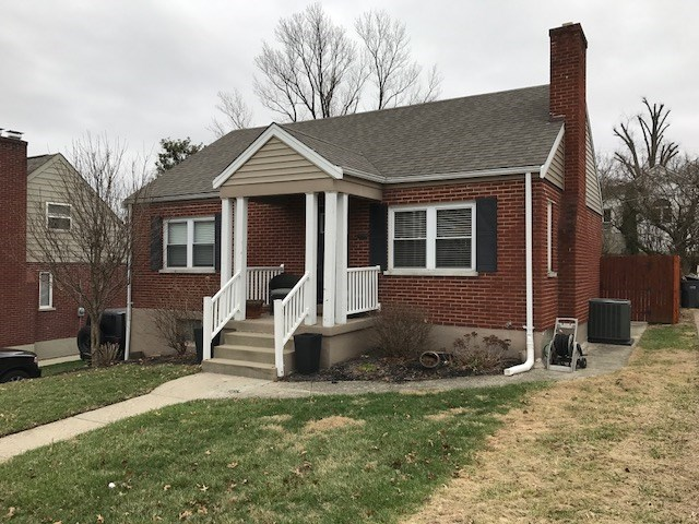 Photo 1 for 1605 E Henry Clay Ave Fort Wright, KY 41011