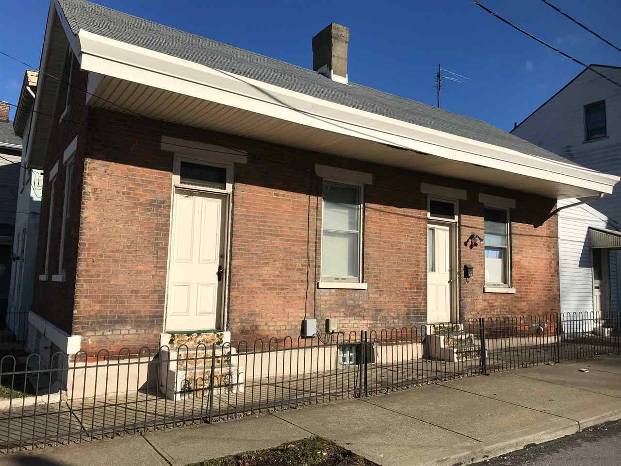 Photo 1 for 930 Philadelphia St Covington, KY 41011