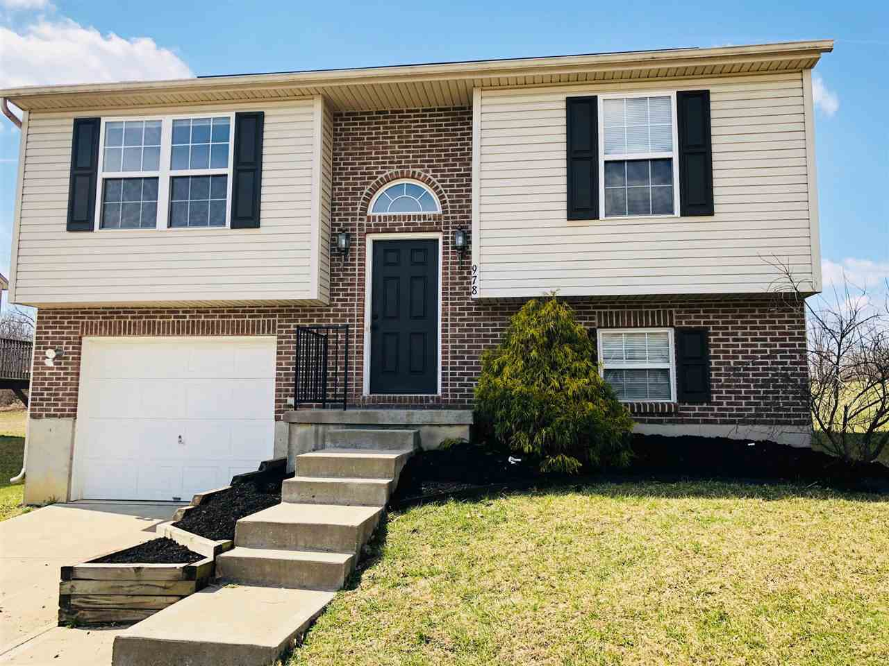 Photo 1 for 978 Wermeling Ln Erlanger, KY 41018