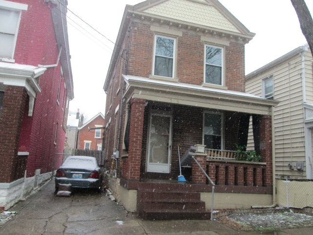 Photo 1 for 1705 Banklick St Covington, KY 41011