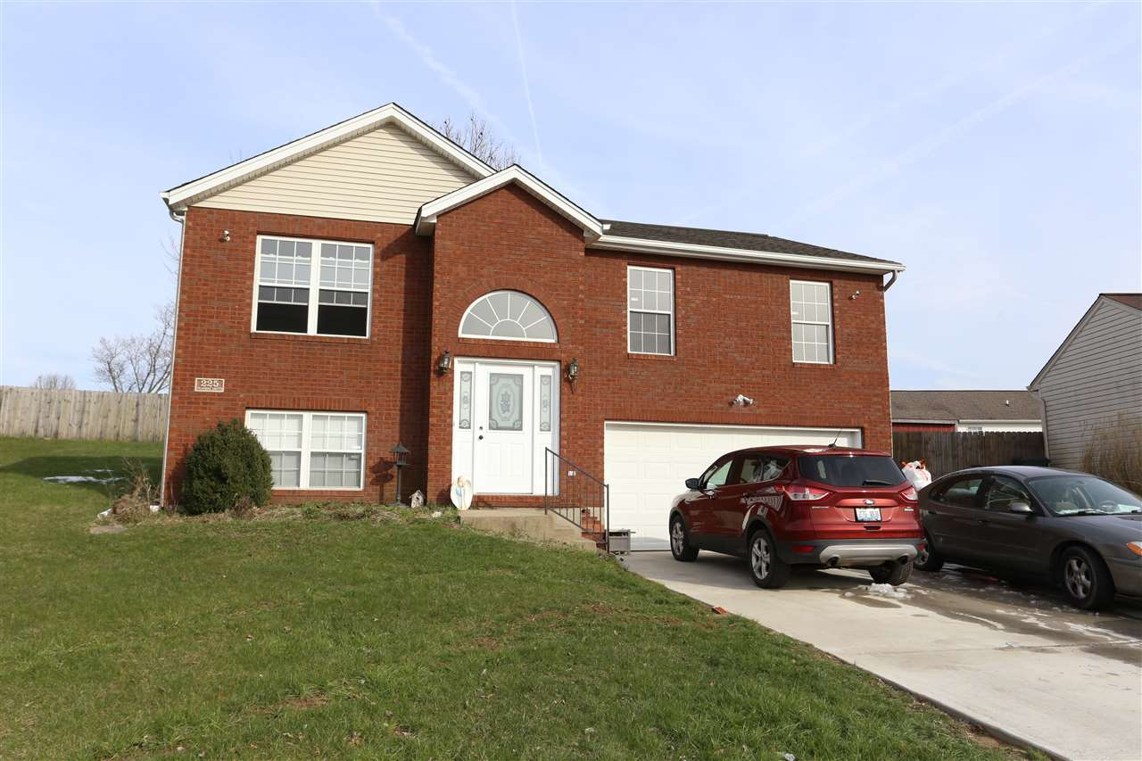 Photo 1 for 225 Fairway St Dry Ridge, KY 41035