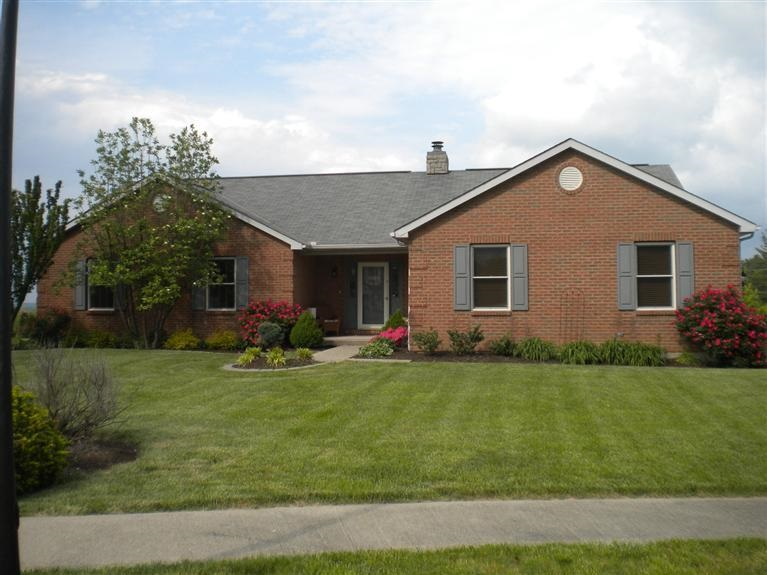 Photo 1 for 122 Windsor Ct Alexandria, KY 41001