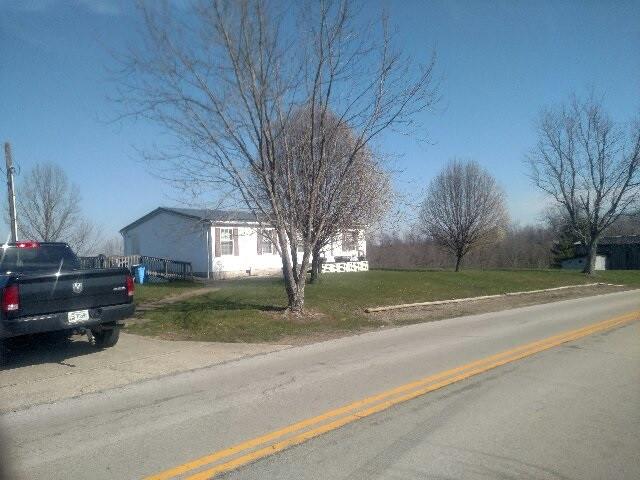 Photo 3 for 5314 Bridgeville Rd Brooksville, KY 41004