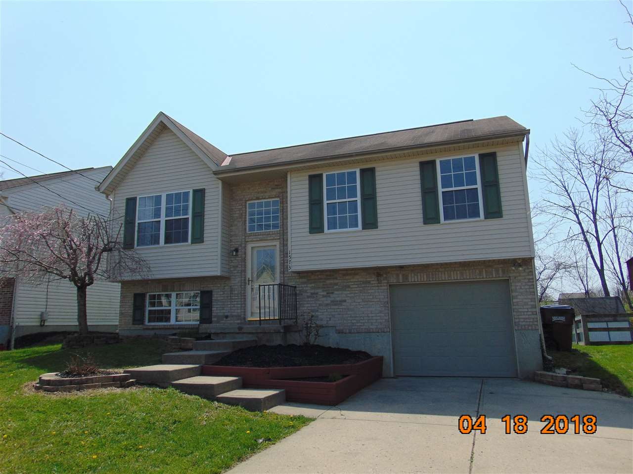 Photo 1 for 1573 Raintree Ct Elsmere, KY 41018