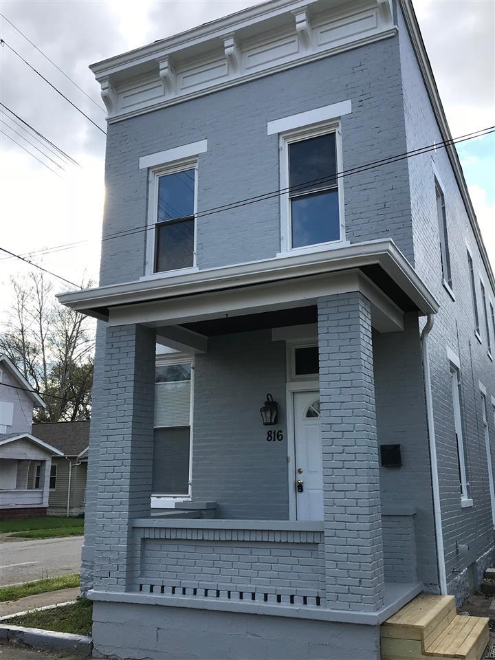 816 Laurel St
