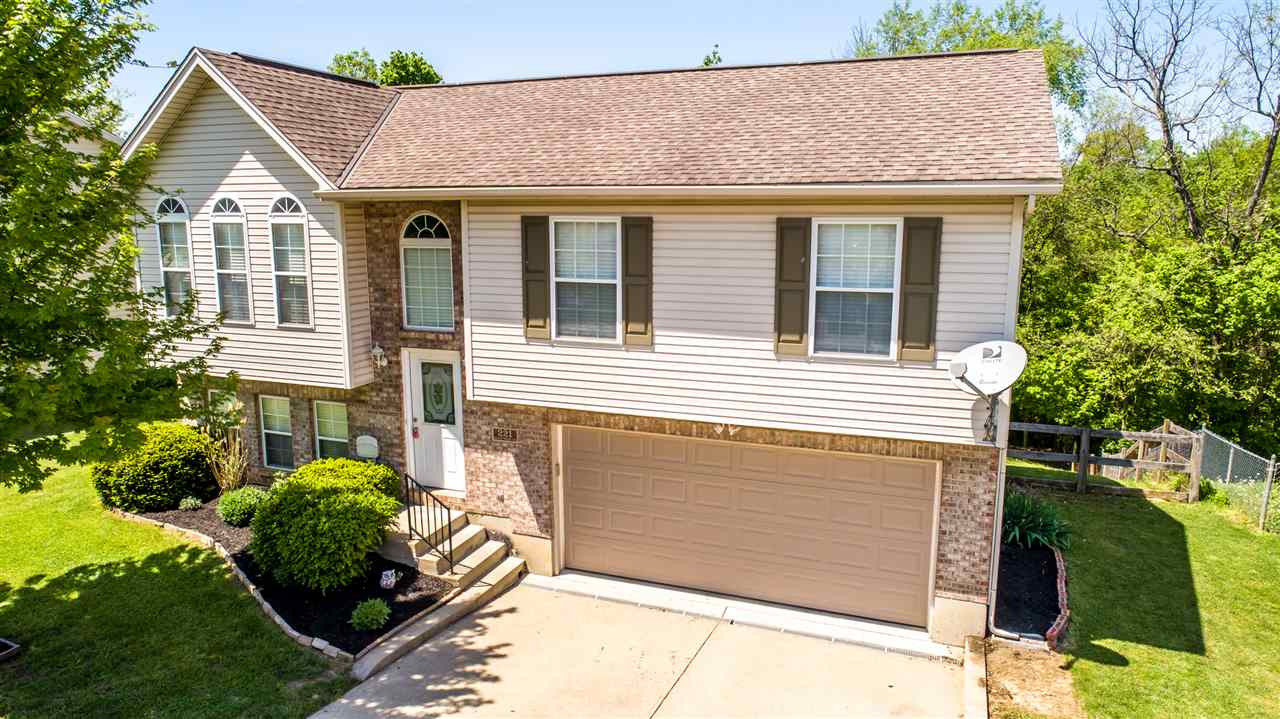 Photo 1 for 221 Brentwood Dr Dry Ridge, KY 41035