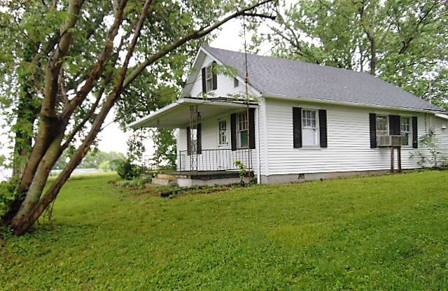 Photo 1 for 75 Squiresville Owenton, KY 40359