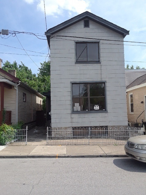 Photo 1 for 417 W 11th St Covington, KY 41011