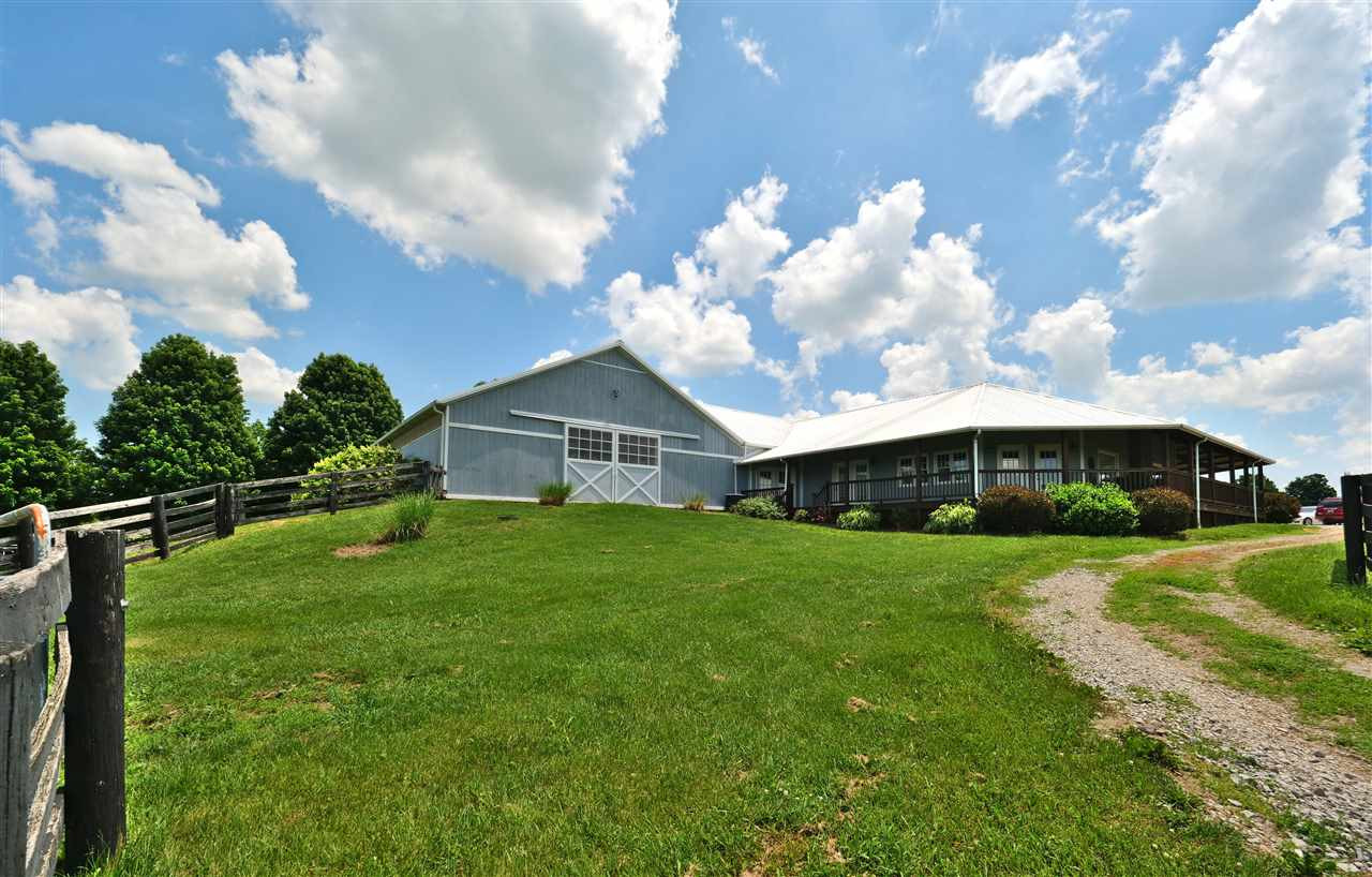 Photo 3 for 1101 N Yarnallton Rd Lexington, KY 40511