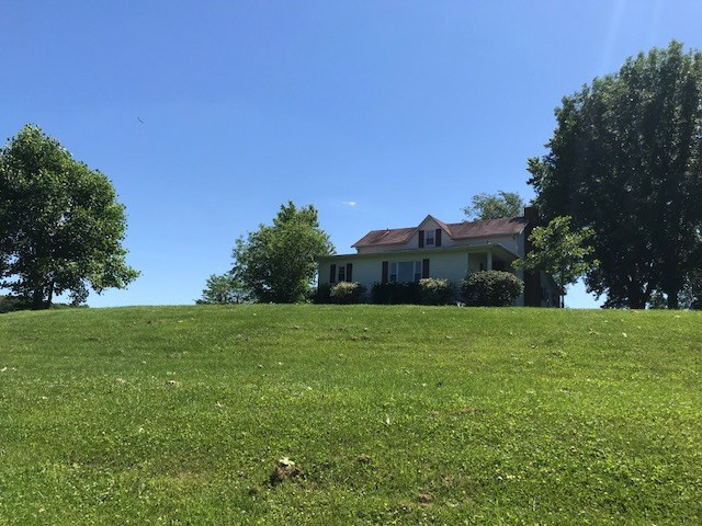 Photo 1 for 1544 Oakland Rd. Brooksville, KY 41004
