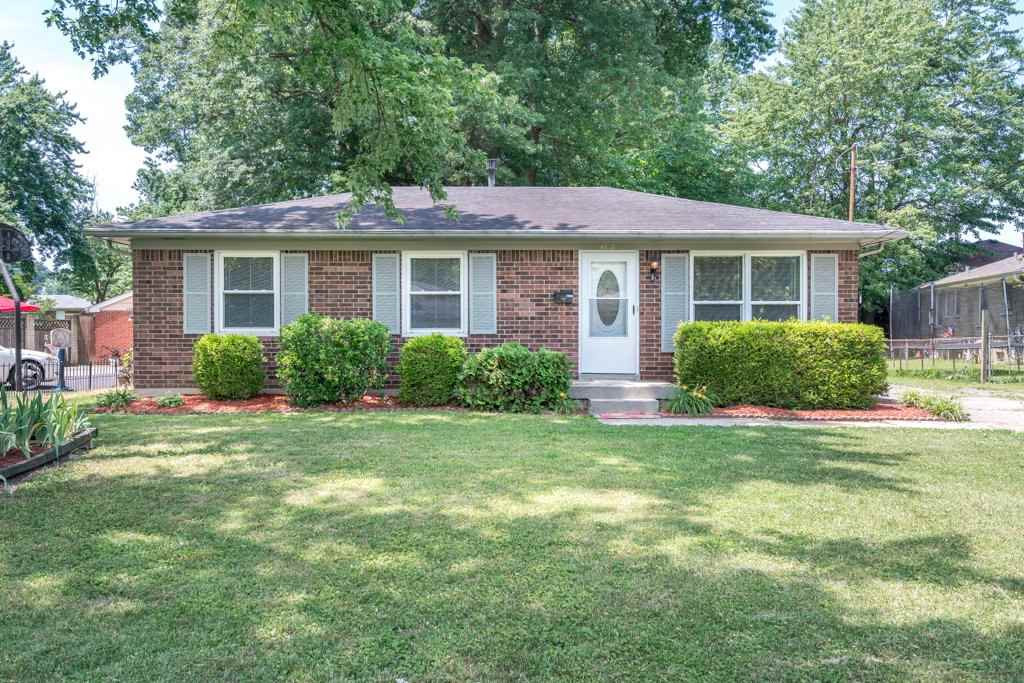 Photo 1 for 4818 Forest Park Dr Louisville, KY 40219