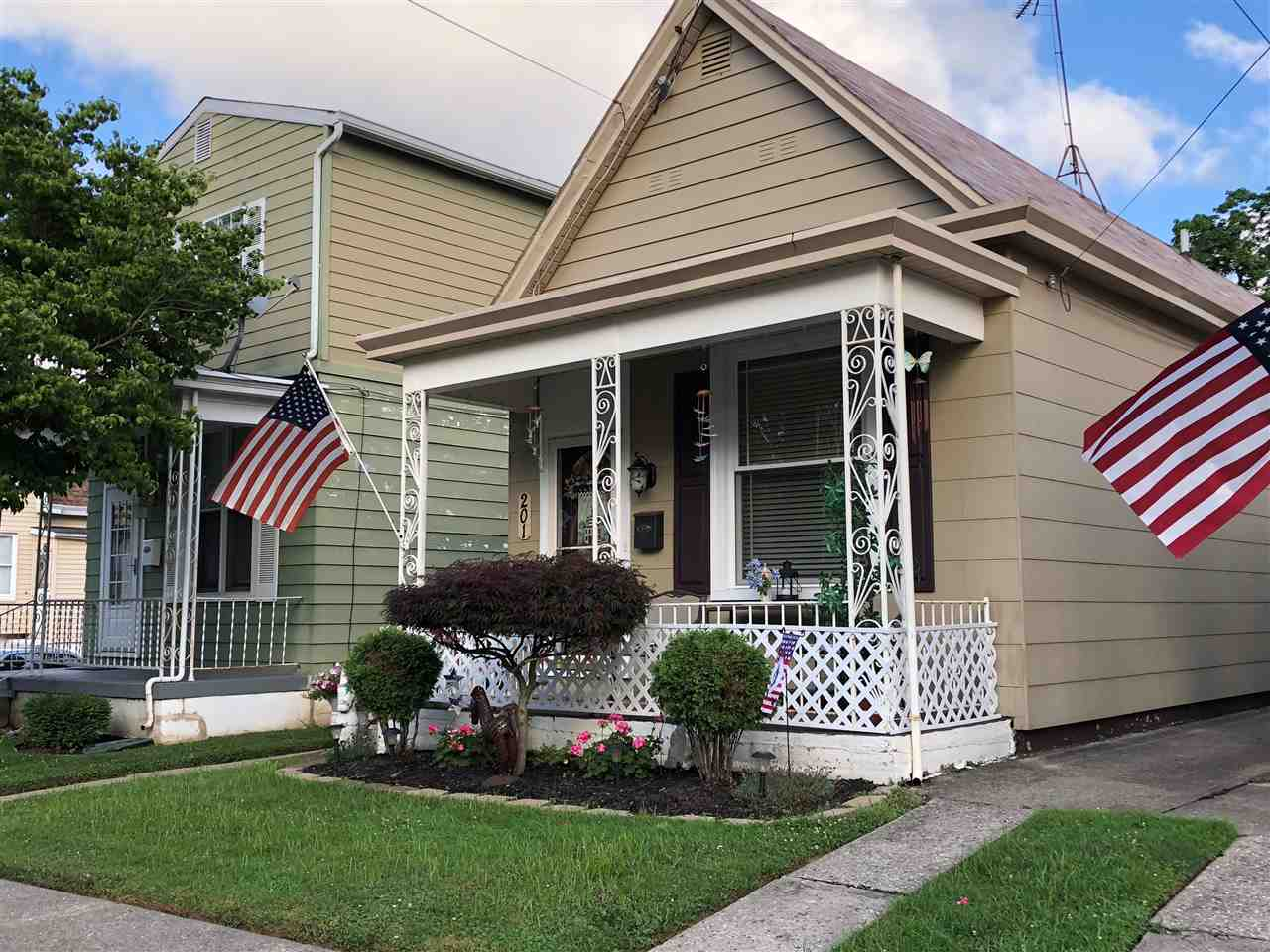 Photo 1 for 201 Kenton St Bromley, KY 41016