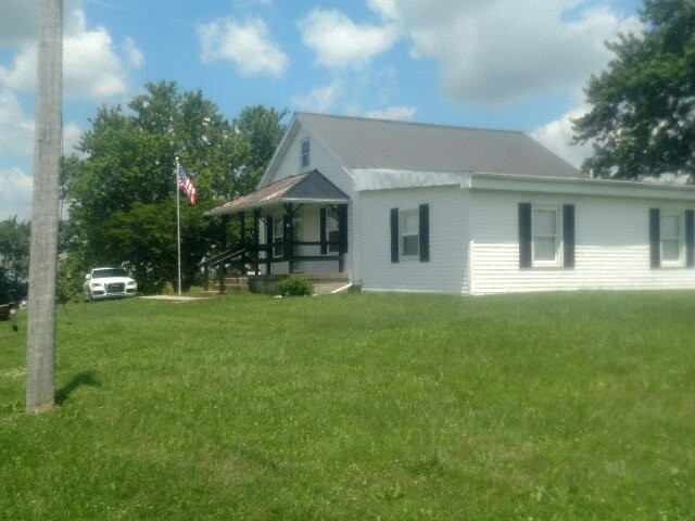 Photo 1 for 1541 N 1842 Hwy Cynthiana, KY 41031