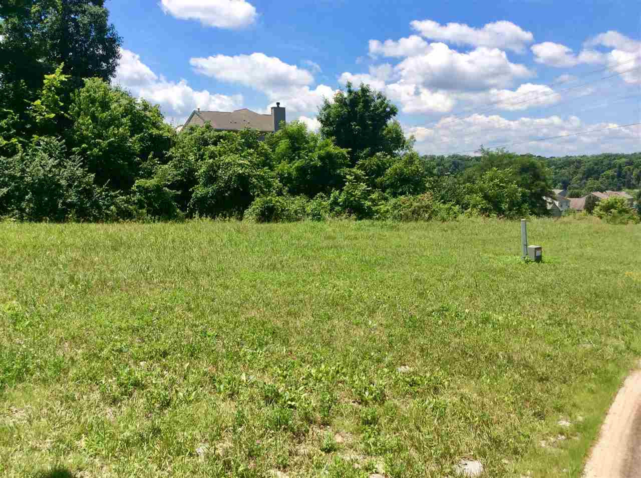 Photo 2 for 1911 Farmhouse Way Florence, KY 41042