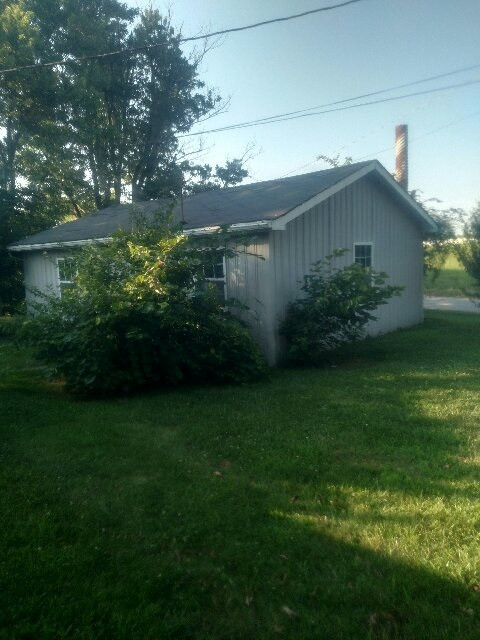 Photo 3 for 1220 Hwy 35 Sparta, KY 41086