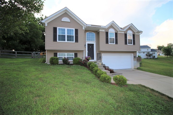 Photo 1 for 152 Friar Tuck Dr Independence, KY 41051