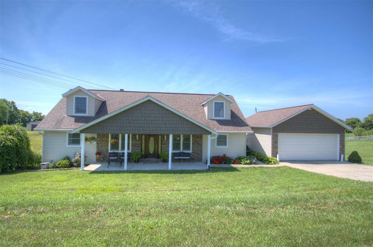 Photo 1 for 812 Humes Ridge Rd Williamstown, KY 41097