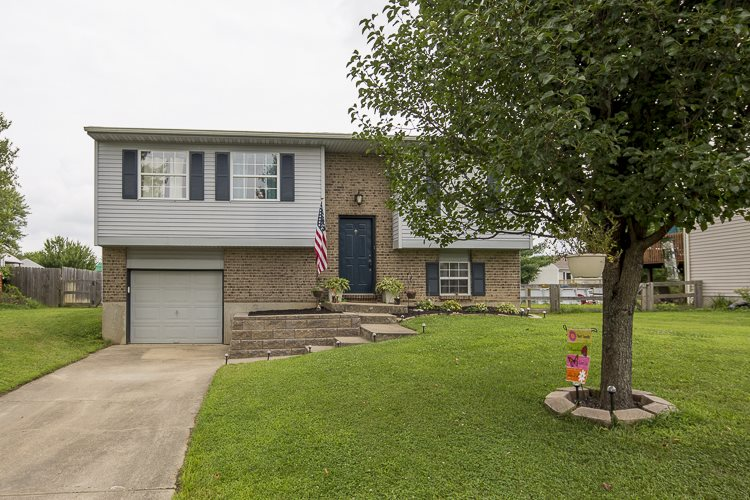 Photo 1 for 414 Brookwood Dr Alexandria, KY 41001