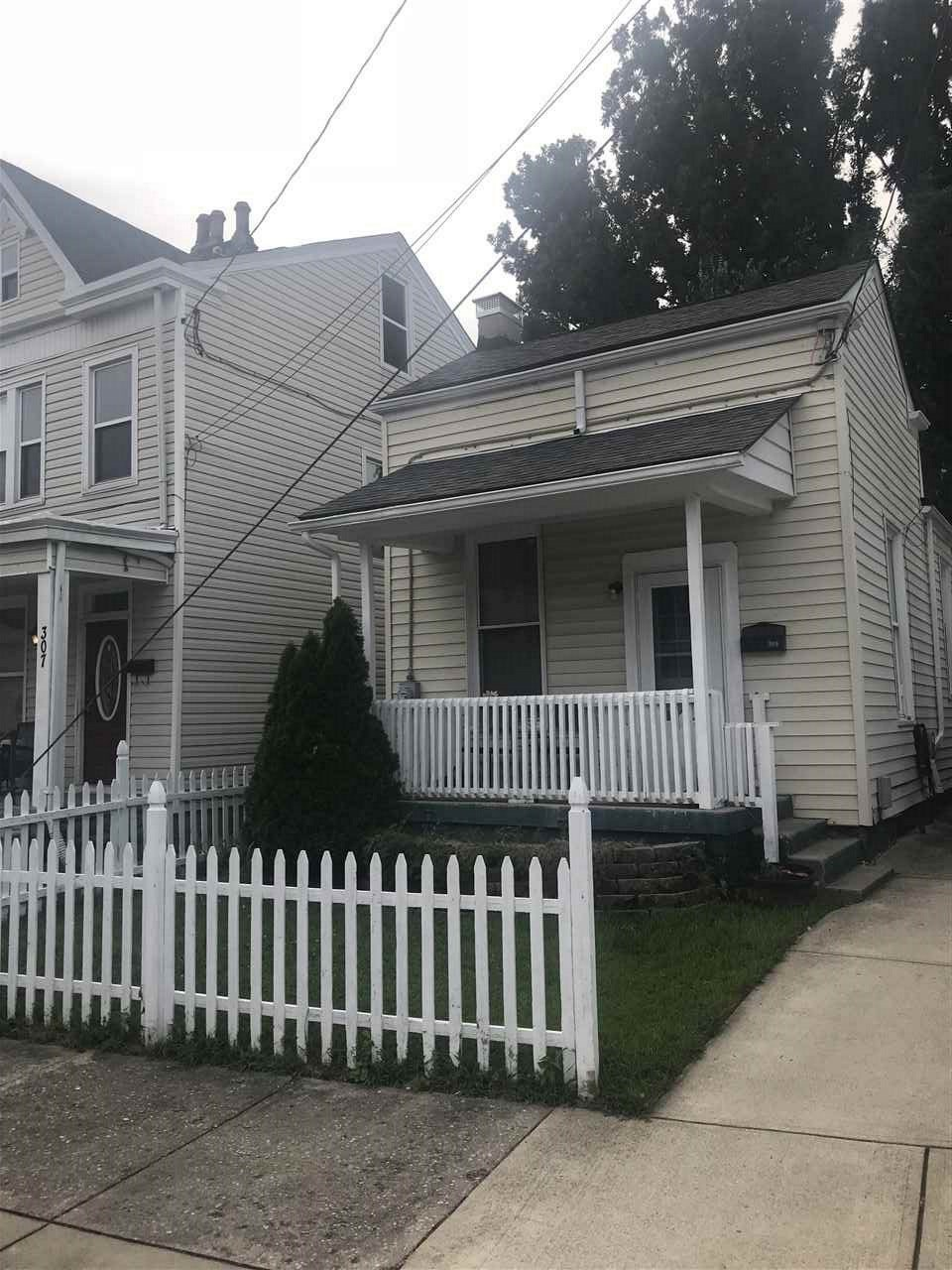 Photo 1 for 309 Union St Bellevue, KY 41073
