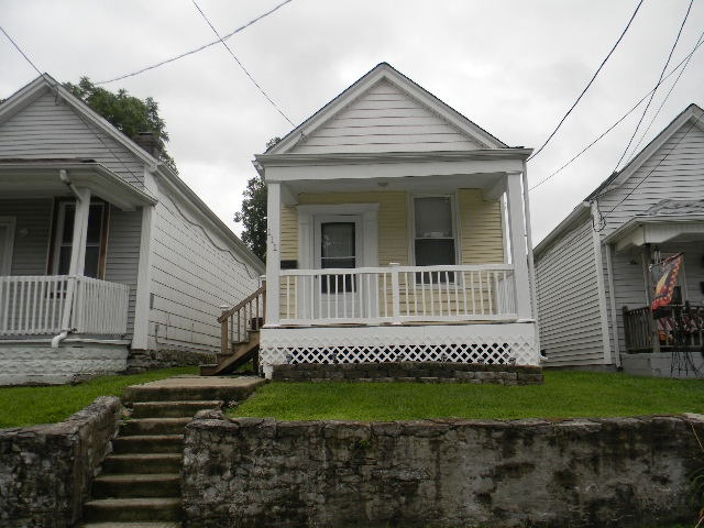 Photo 1 for 111 W 32nd St Covington, KY 41015