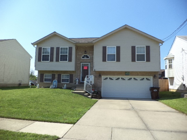Photo 1 for 1167 Fallbrook Dr Elsmere, KY 41018