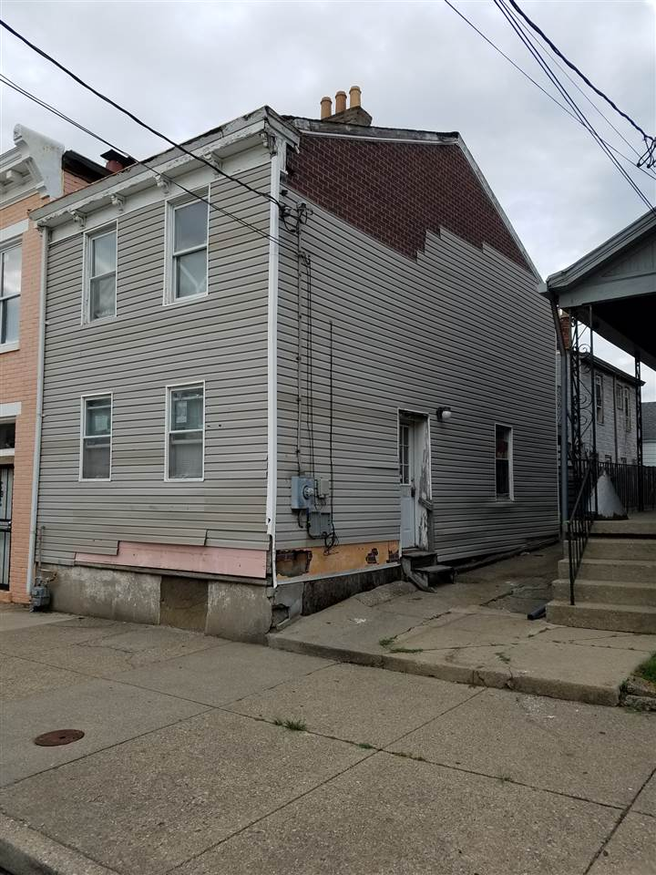 Photo 1 for 1004 Greenup St Covington, KY 41011