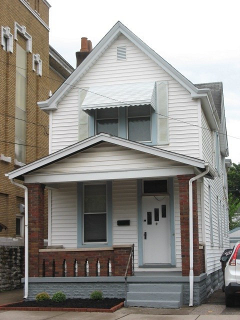 Photo 1 for 2008 Greenup St Covington, KY 41014