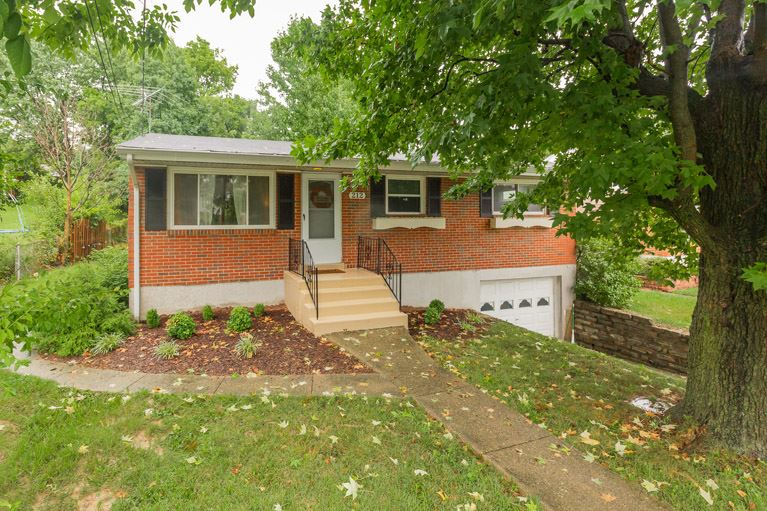 Photo 1 for 212 Caldwell Dr Elsmere, KY 41018