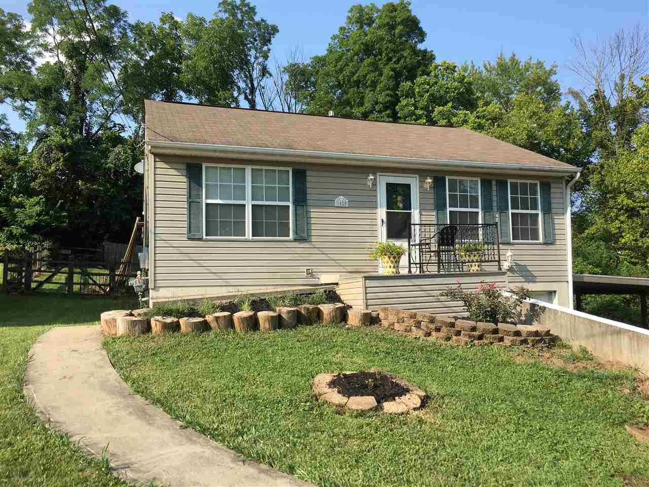 Photo 1 for 1020 Edwards Rd Elsmere, KY 41018