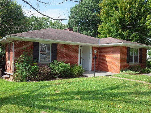 Photo 1 for 117 Highland Ave Cynthiana, KY 41031