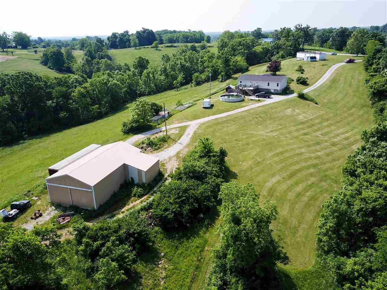 Photo 3 for 2622 Fiskburg Rd Demossville, KY 41033