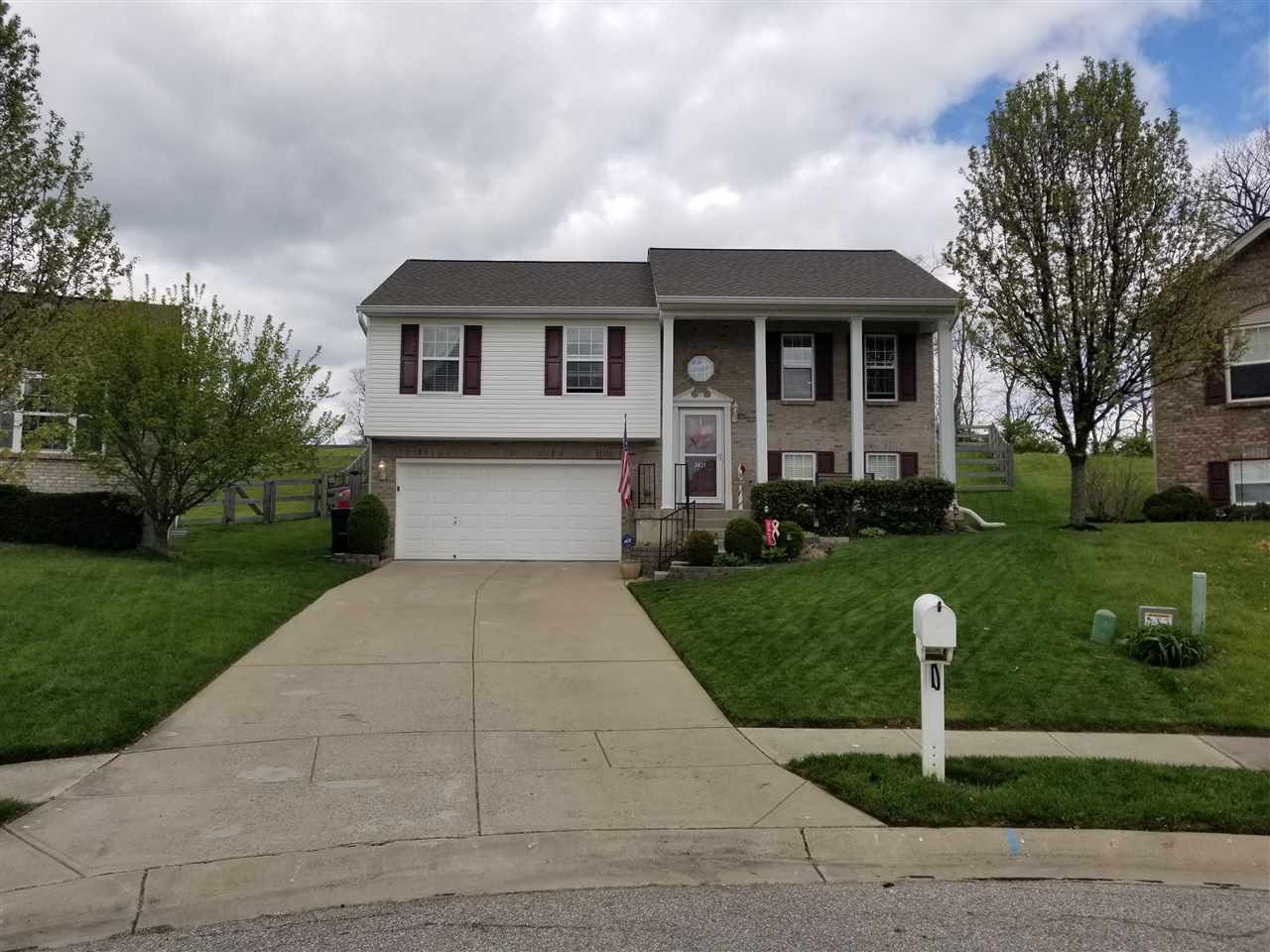 Photo 1 for 2431 Hilliard Dr Hebron, KY 41048