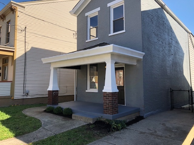 Photo 1 for 411 W 9th St Covington, KY 41011