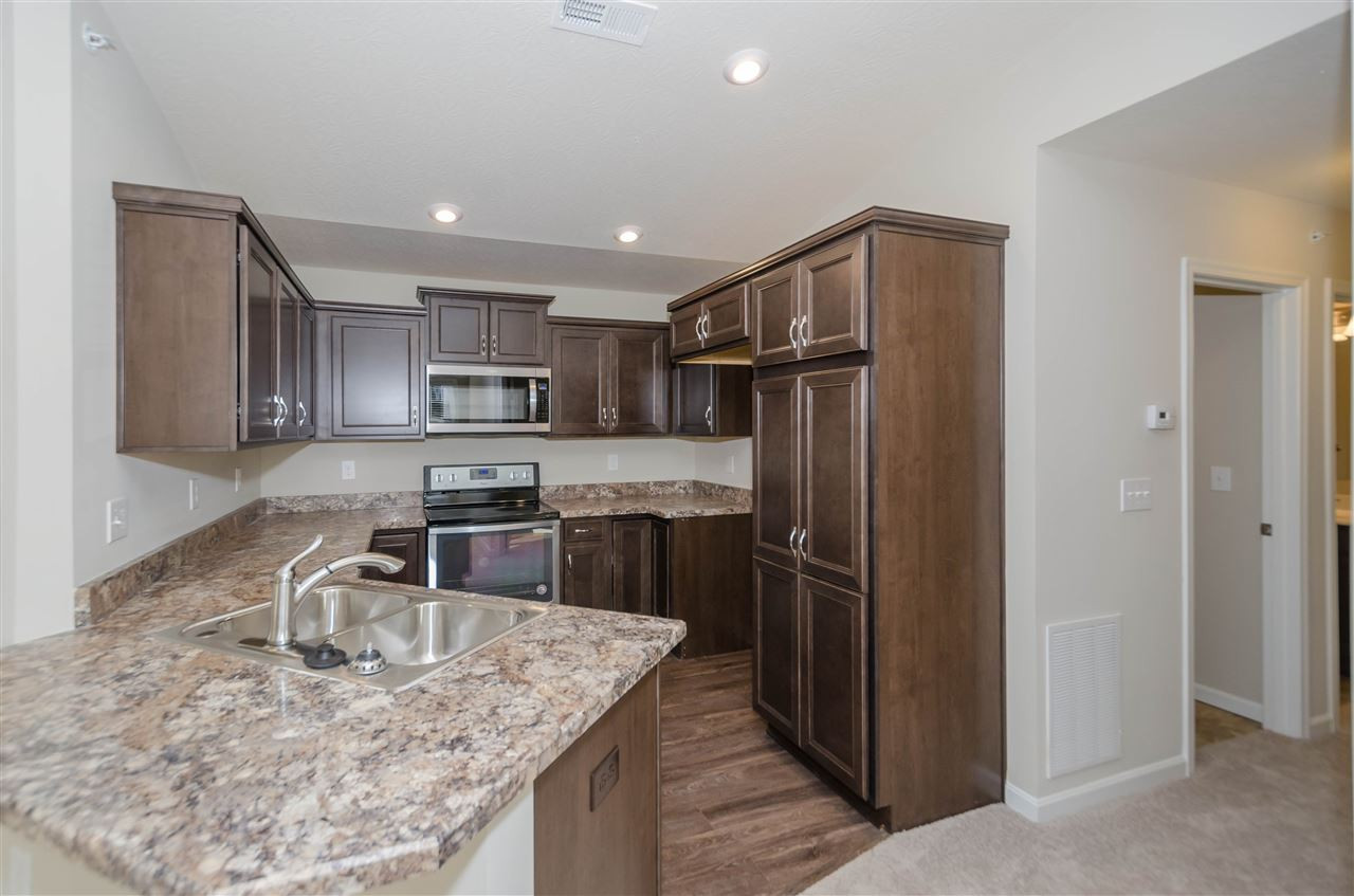 4092 Country Mill Rdg, 20-30