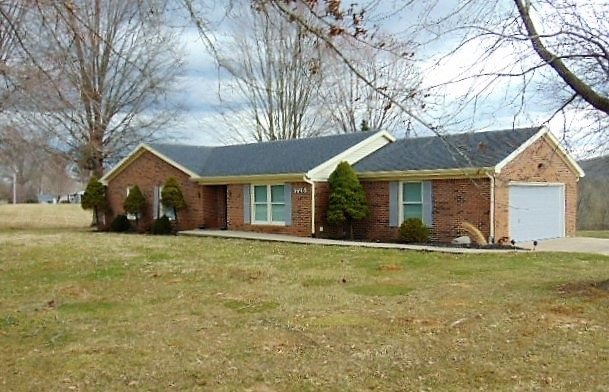 Photo 2 for 725 Whippoorwill Perry Park, KY 40363