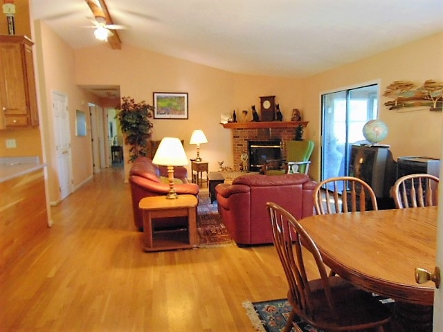 Photo 3 for 725 Whippoorwill Perry Park, KY 40363