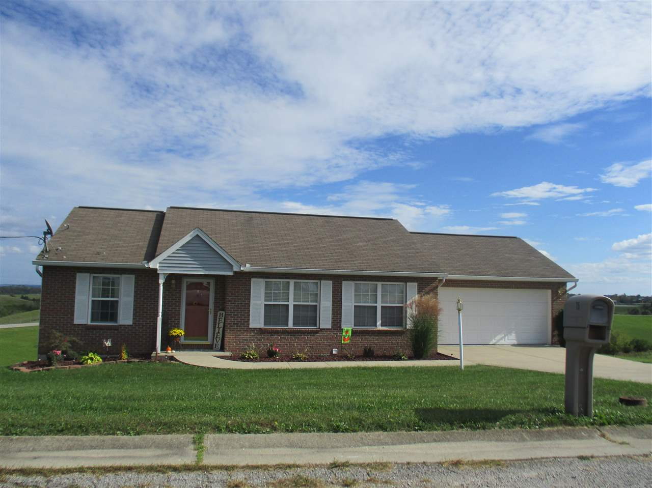 Photo 1 for 75 Flat Ridge Dr Butler, KY 41006