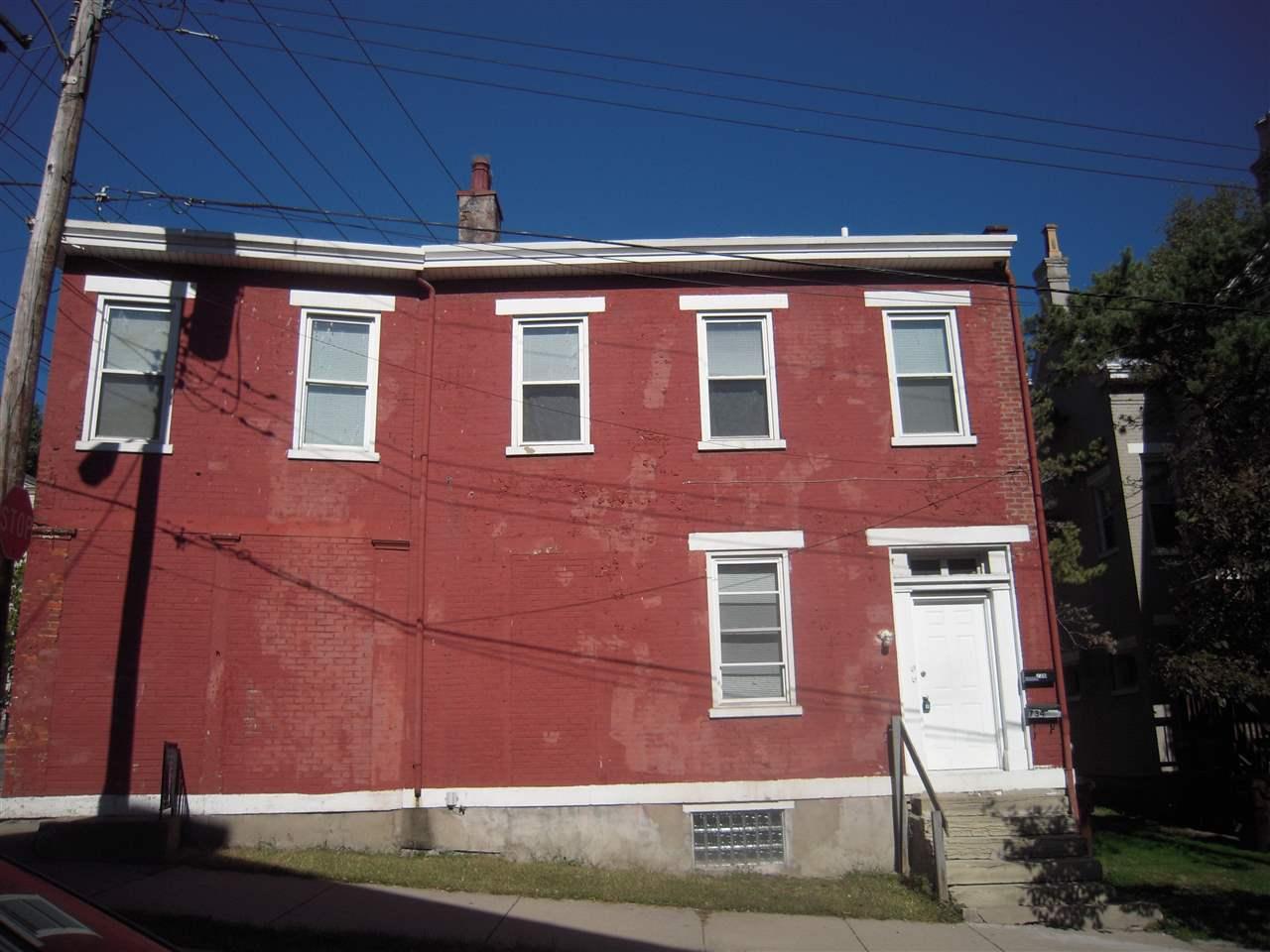 734 Lewis St, 36