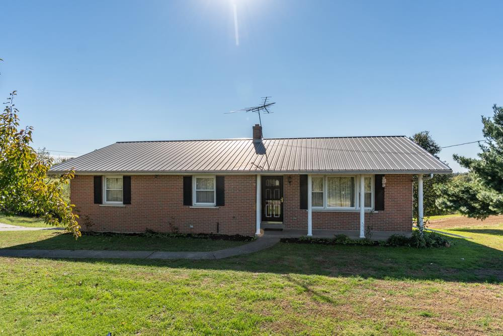Photo 1 for 2910 Warsaw Rd Dry Ridge, KY 41035