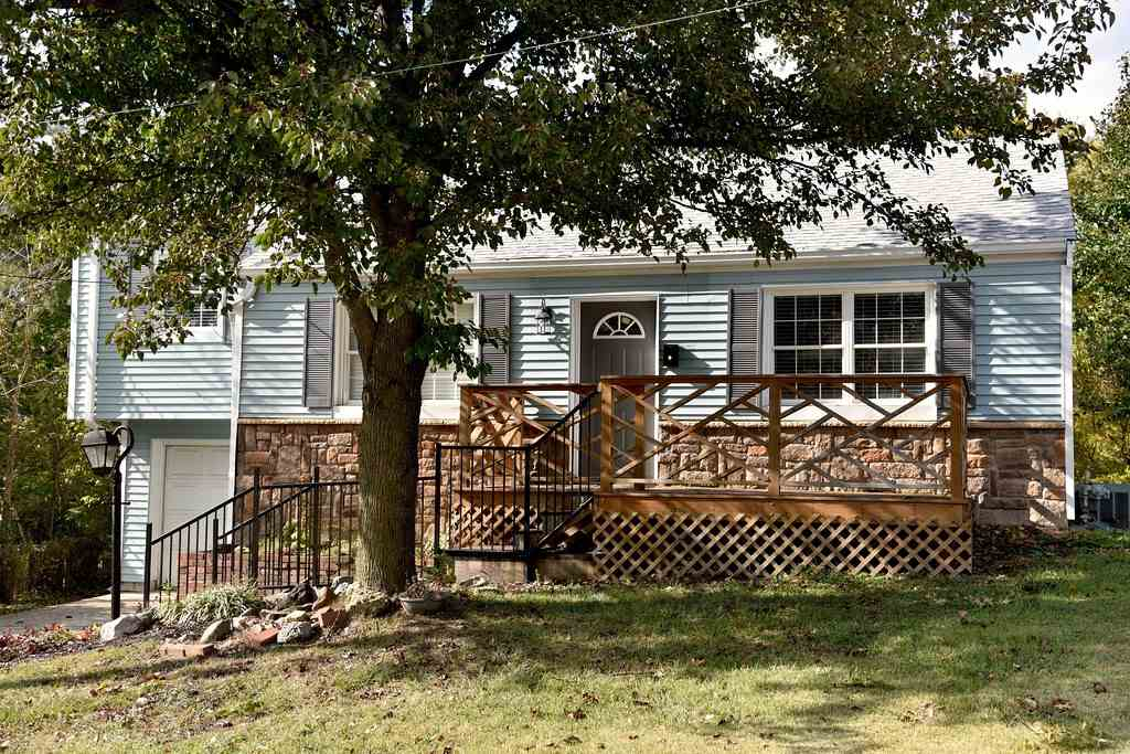 Photo 1 for 712 maple Elsmere, KY 41018