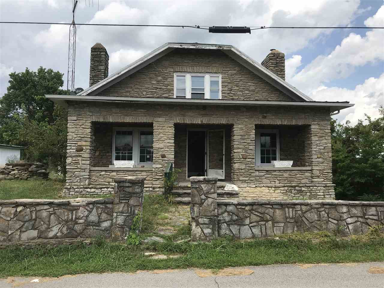 Photo 1 for 159 E Walnut St Mt Olivet, KY 41064