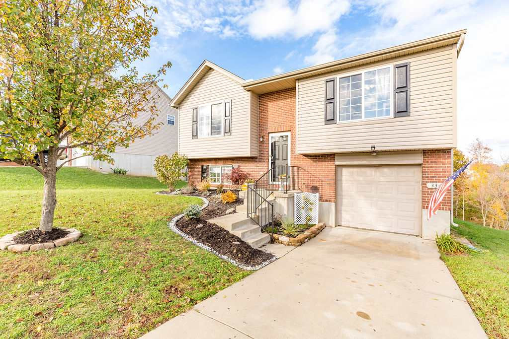 Photo 1 for 336 Rocky Pointe Ct Walton, KY 41094