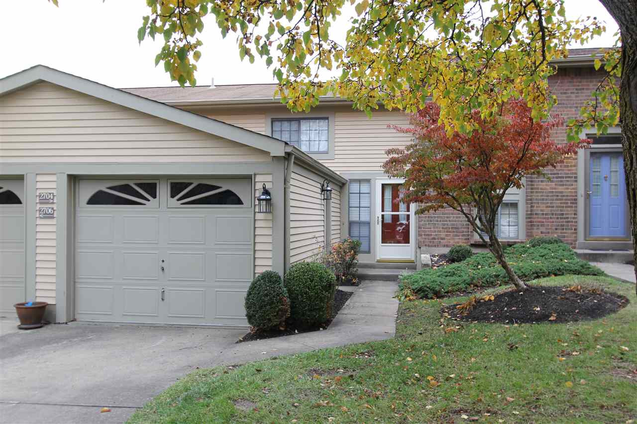 Photo 1 for 2704 Hurstland Ct Crestview Hills, KY 41017