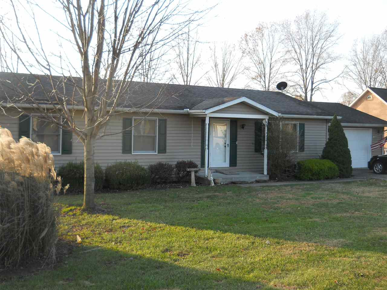 Photo 1 for 108 Lone Oak Warsaw, KY 41095