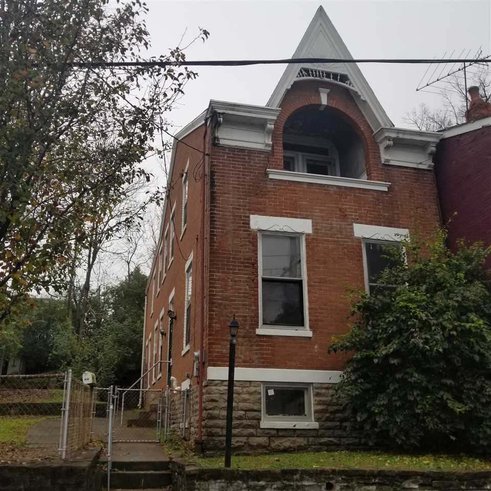 915 Western Ave