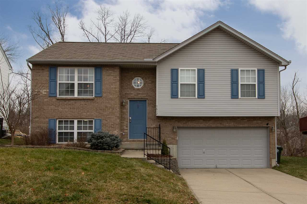 Photo 1 for 1612 Raintree Ct Elsmere, KY 41018